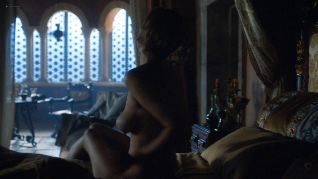 Lena Headey nude topless and butt - GoT (2017) s7e3 HD 1080p Web (4)