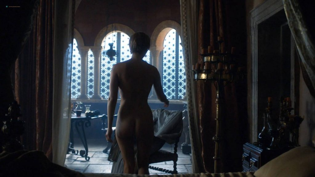 Lena Headey nude topless and butt - GoT (2017) s7e3 HD 1080p Web (2)