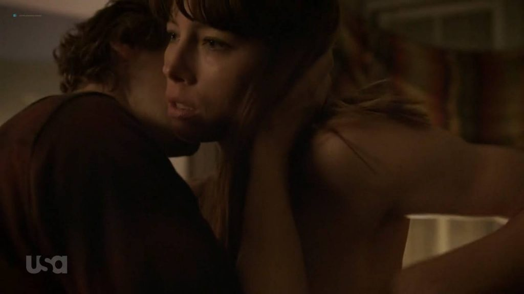 Jessica Biel sexy - The Sinner (2017) s1e5 HD 720p (2)