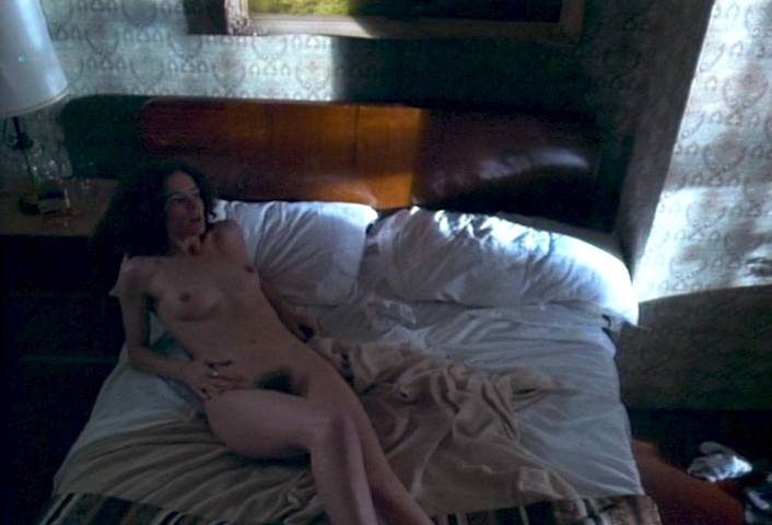 Leslie Hope nude full frontal and lot of sex - Paris, France (1993) (12)