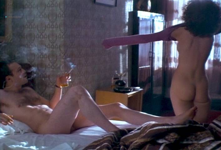 Leslie Hope nude full frontal and lot of sex - Paris, France (1993) (9)