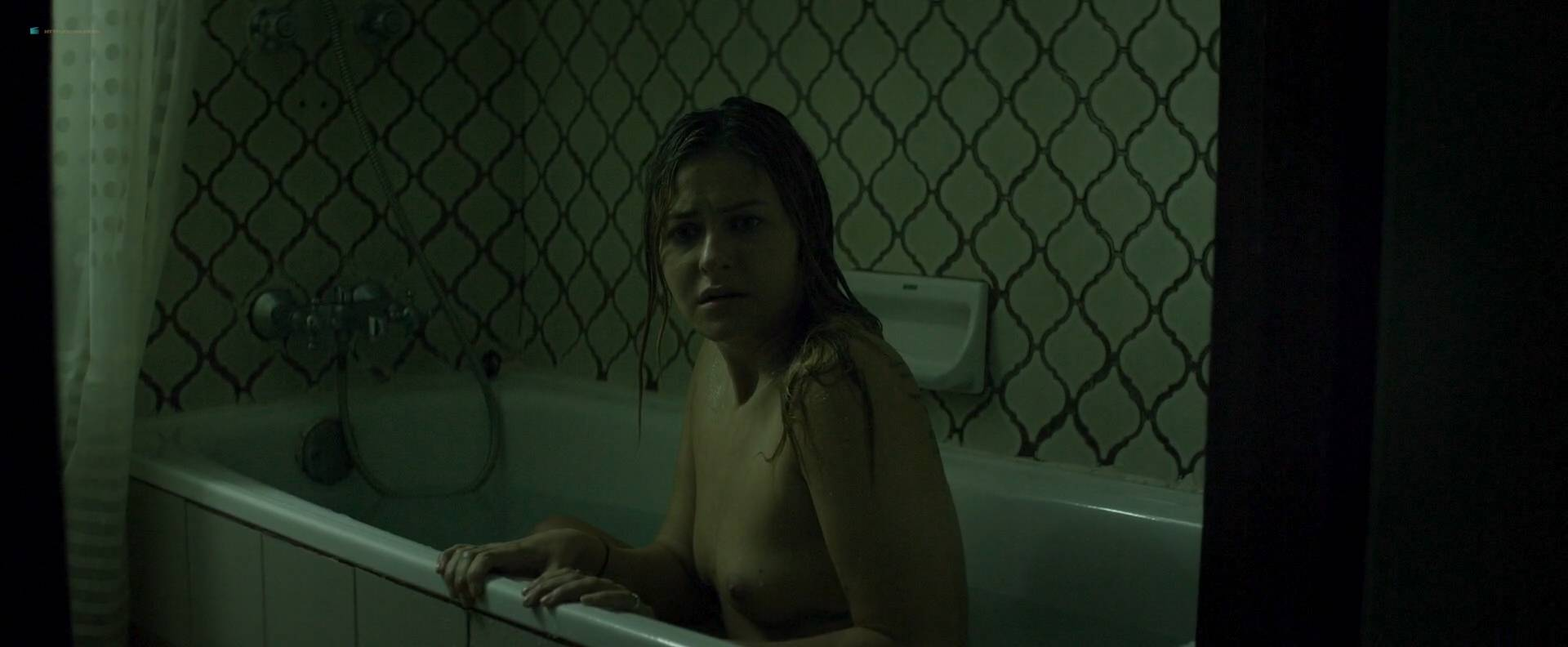Scout taylor-compton nude