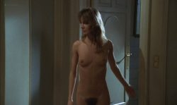 Anne Parillaud nude full frontal Marie-Christine Descouard bush and Andréa Ferréol topless - Le battant (FR-1983) (5)