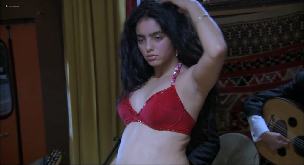 Hafsia Herzi hot and sexy as belly dancer - La graine et le mulet (FR-2007) HD 1080p (9)