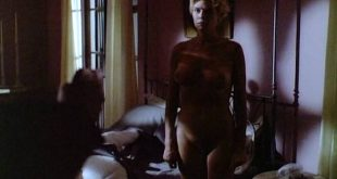 Kelly McGillis nude full frontal and sex - Cat Chaser (1989) (10)
