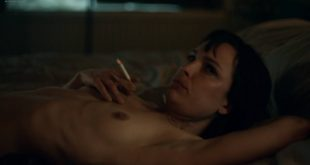Jodi Balfour nude topless and sex Lucy Chappell sex doggy style - Rellik (2017) s1e3-4-5 HD 1080p (3)