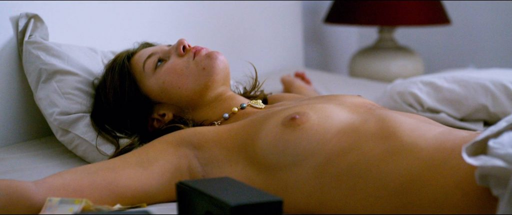 Adèle Exarchopoulos nude sex Solène Rigot and Adèle Haenel nude sex too - Orpheline (FR-2016) HD 1080p BluRay (8)