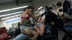 Levy Tran nude topless and sex – Shameless (2017)s8e5 HD 1080p (3)