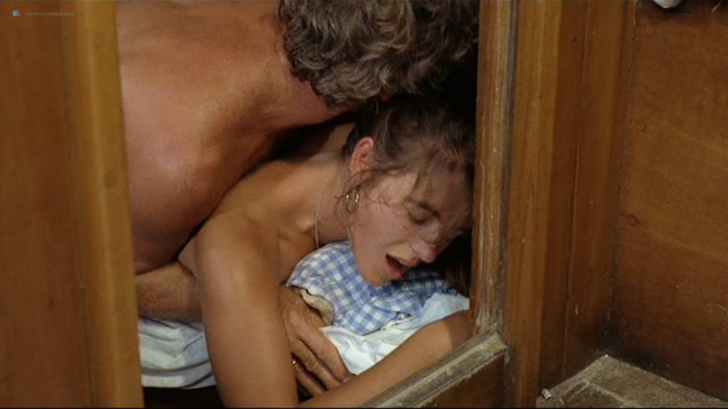 Elizabeth Hurley nude topless Patsy Kensit hot and sexy – Kill Cruise (1990)
