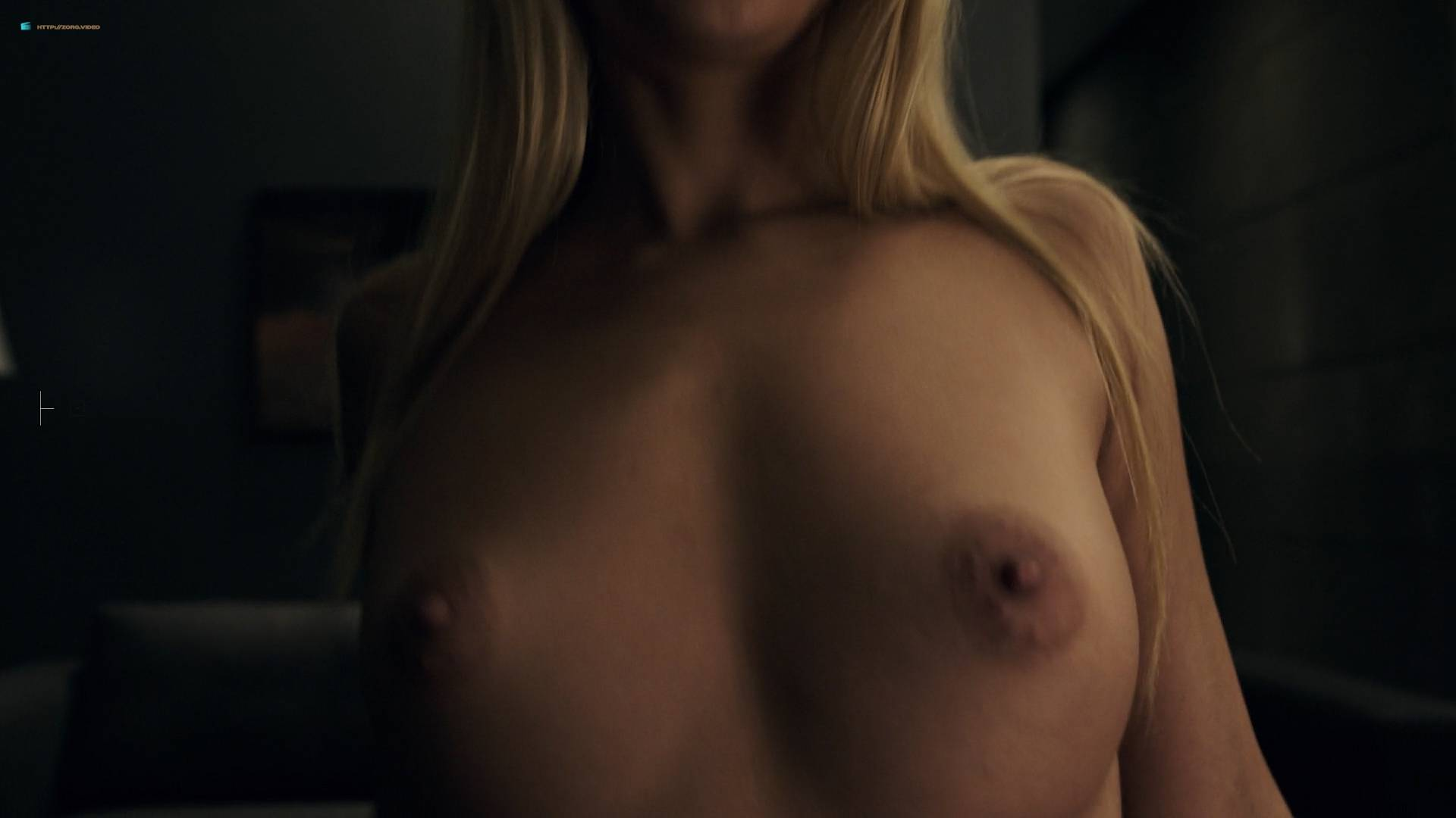 Amanda seyfried sex scene 5