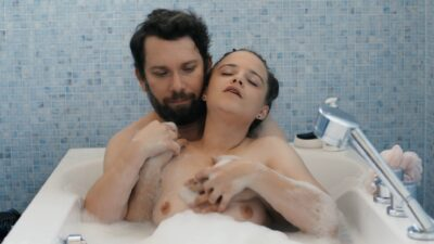 Jasna Fritzi Bauer nude in the tub Emily Cox sex Jerks 2019 s3e1 1080p 9