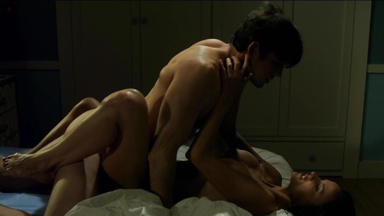 Radhika apte and adil hussain's sex scene
