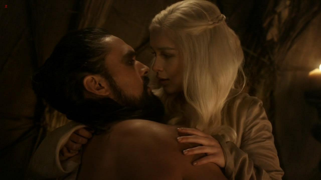 image Emilia clarke nude love scene on scandalplanetcom