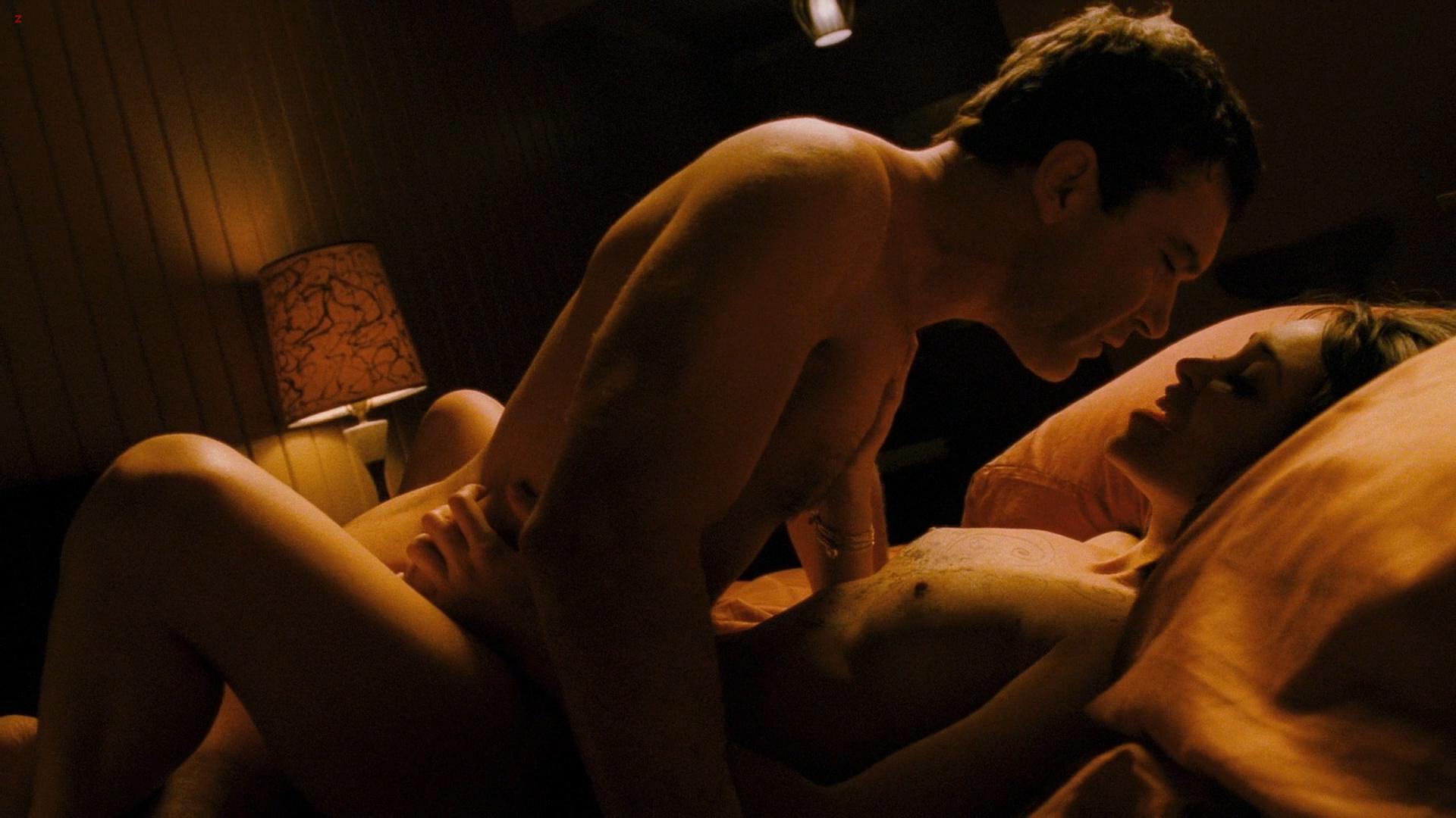 Hollywood Stars Tell Sex Scenes Secrets