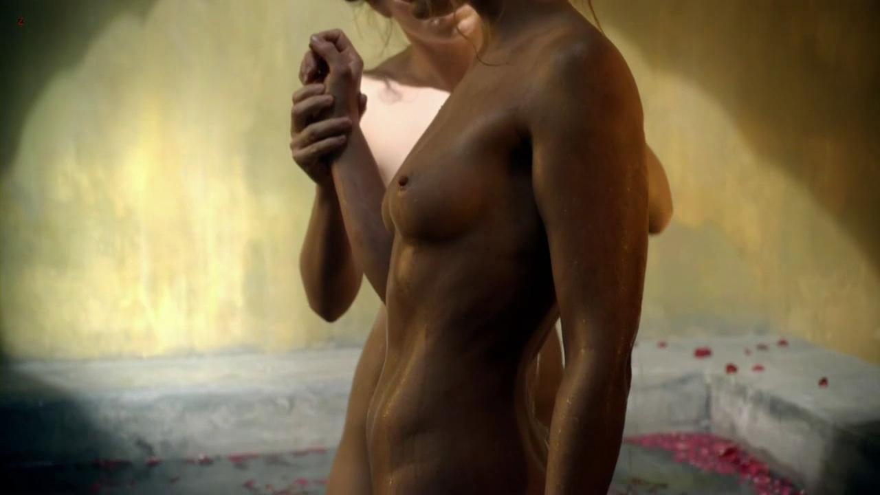 Free vanessa anne hutchinson nude