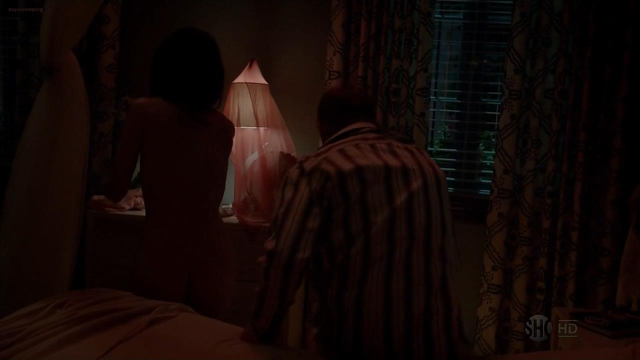 Aimee Garcia nude butt and side boob – Dexter (2013) s8e1 hd1080p