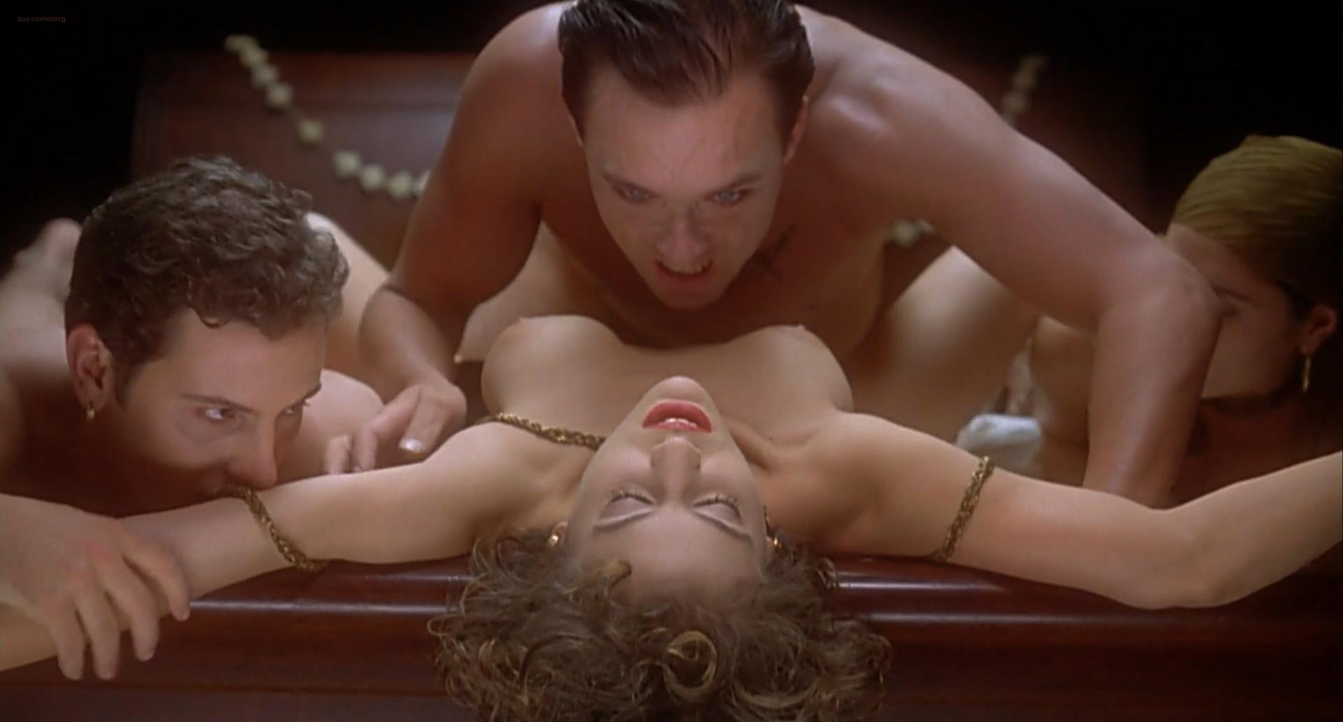 alyssa milano embrace the vampire nude