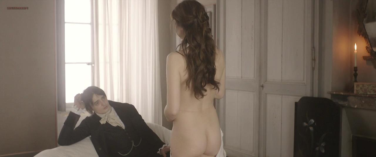 Charlotte Gainsbourg nude topless and butt – Confession of a Child of the Century (2012) hd720p