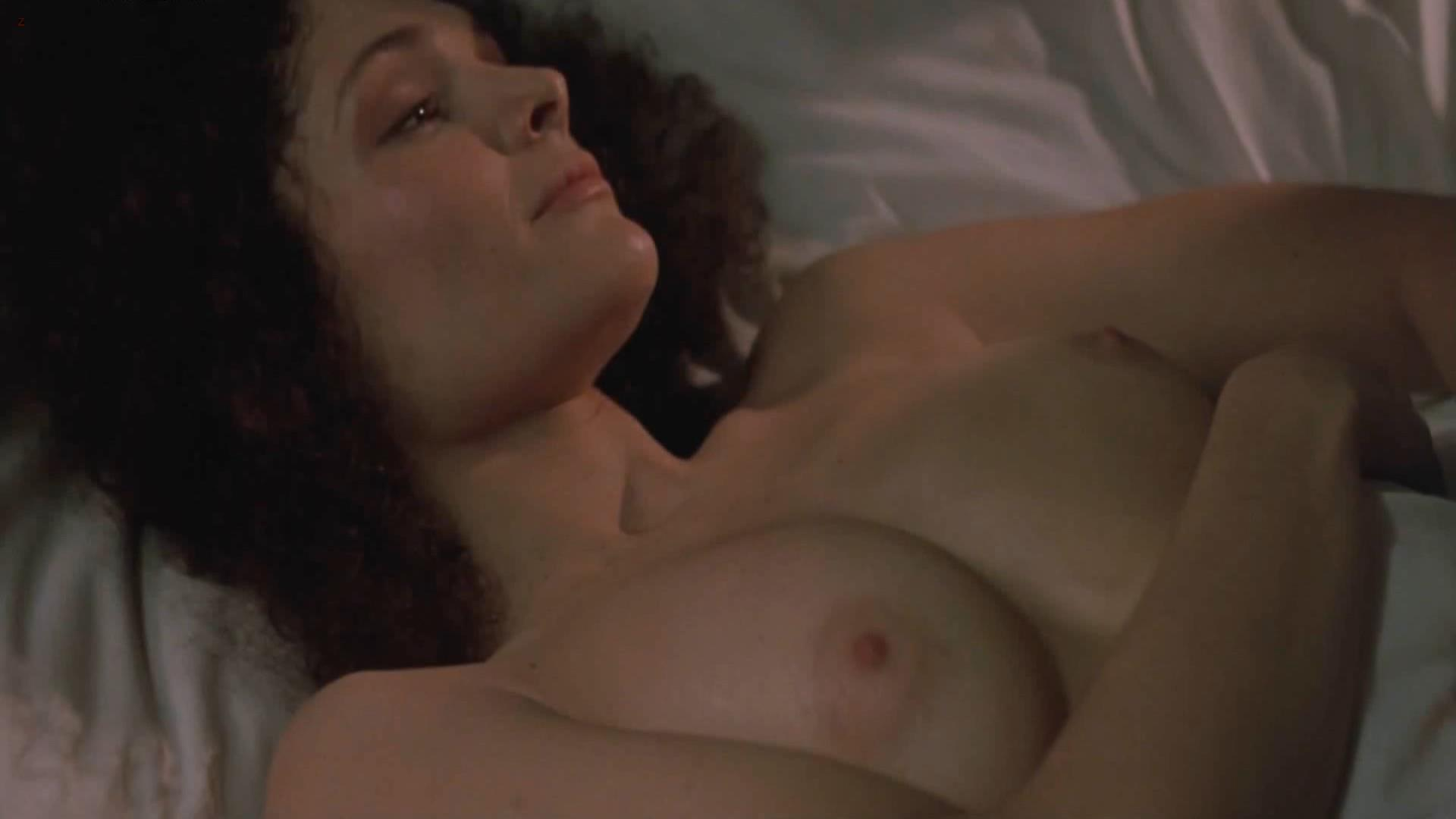 Mary Elizabeth Mastrantonio nude topless – The January Man (1989) hd1080p