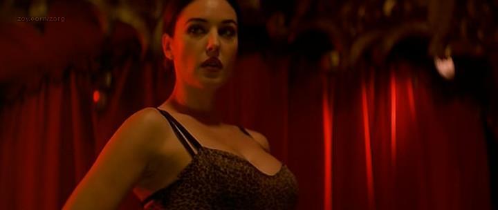 Monica Bellucci hot and sexy – Franck Spadone (2000)