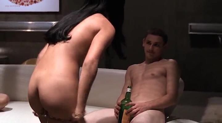 Tara Subkoff Nude, Fappening, Sexy Photos, Uncensored