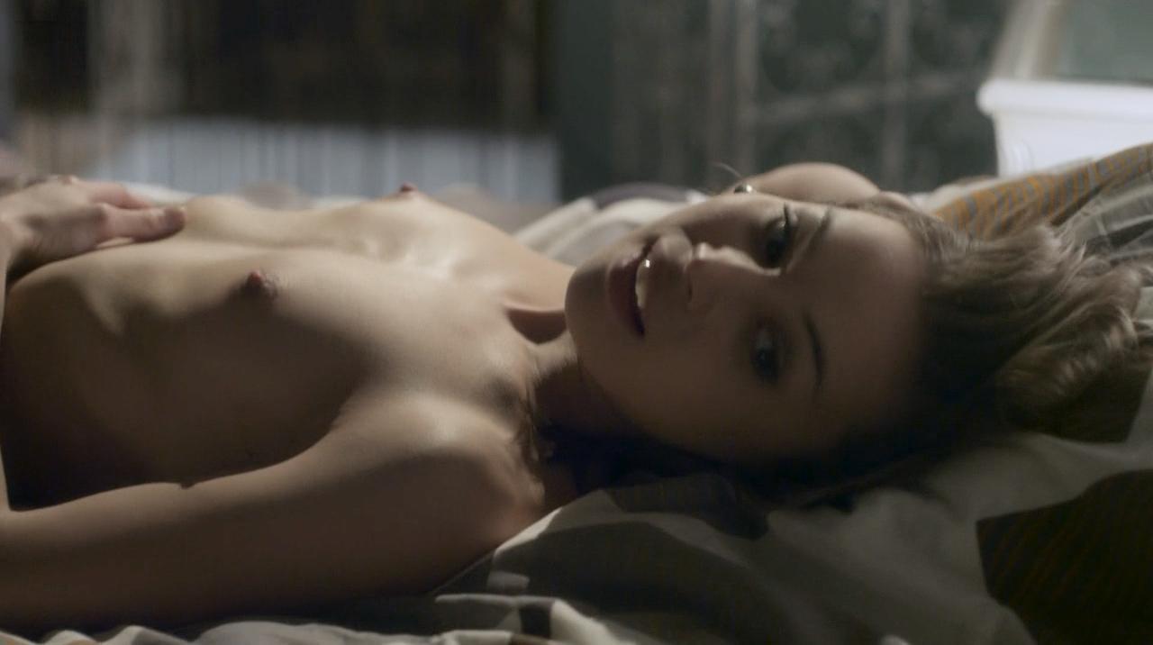 Starfire naked sex