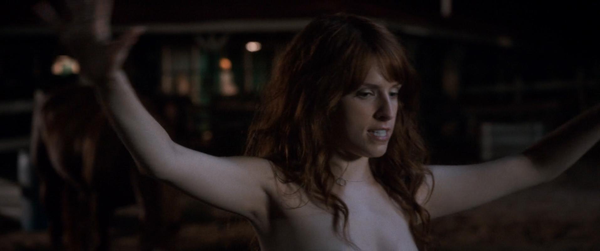 Aubrey Plaza Nude Butt Anna Kendrick Hot Alice Wetterlund -4272