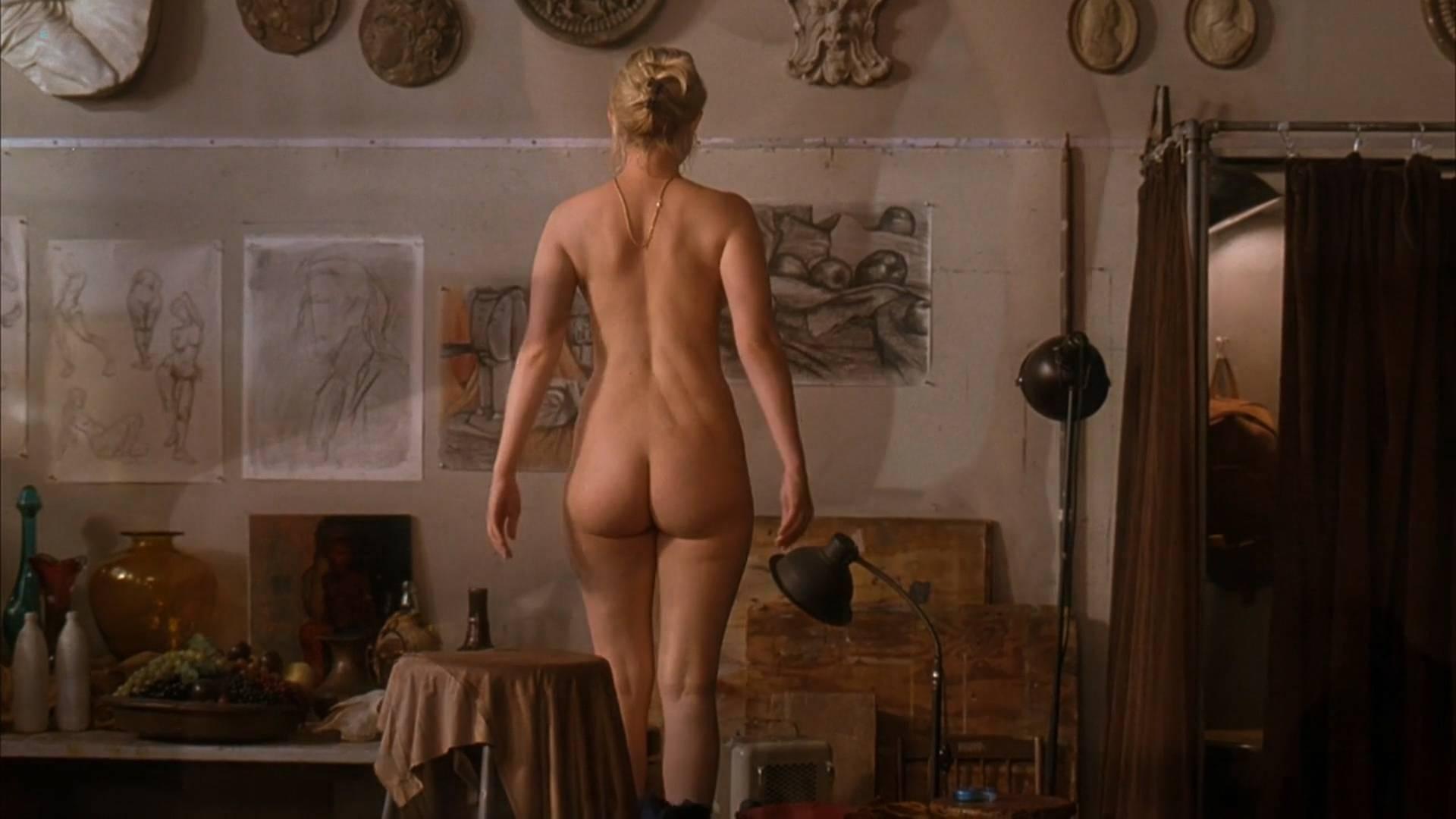 sophia myles nude pics
