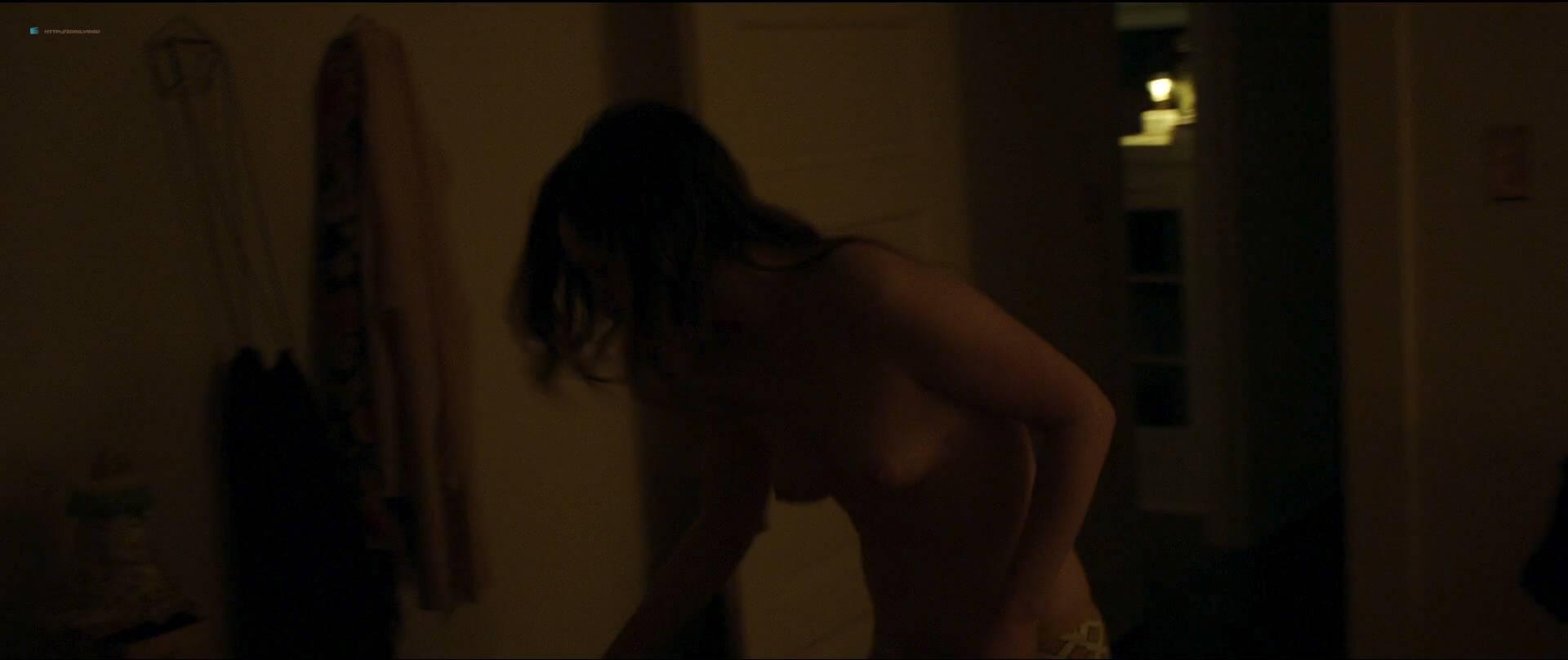 zoe lister jones topless