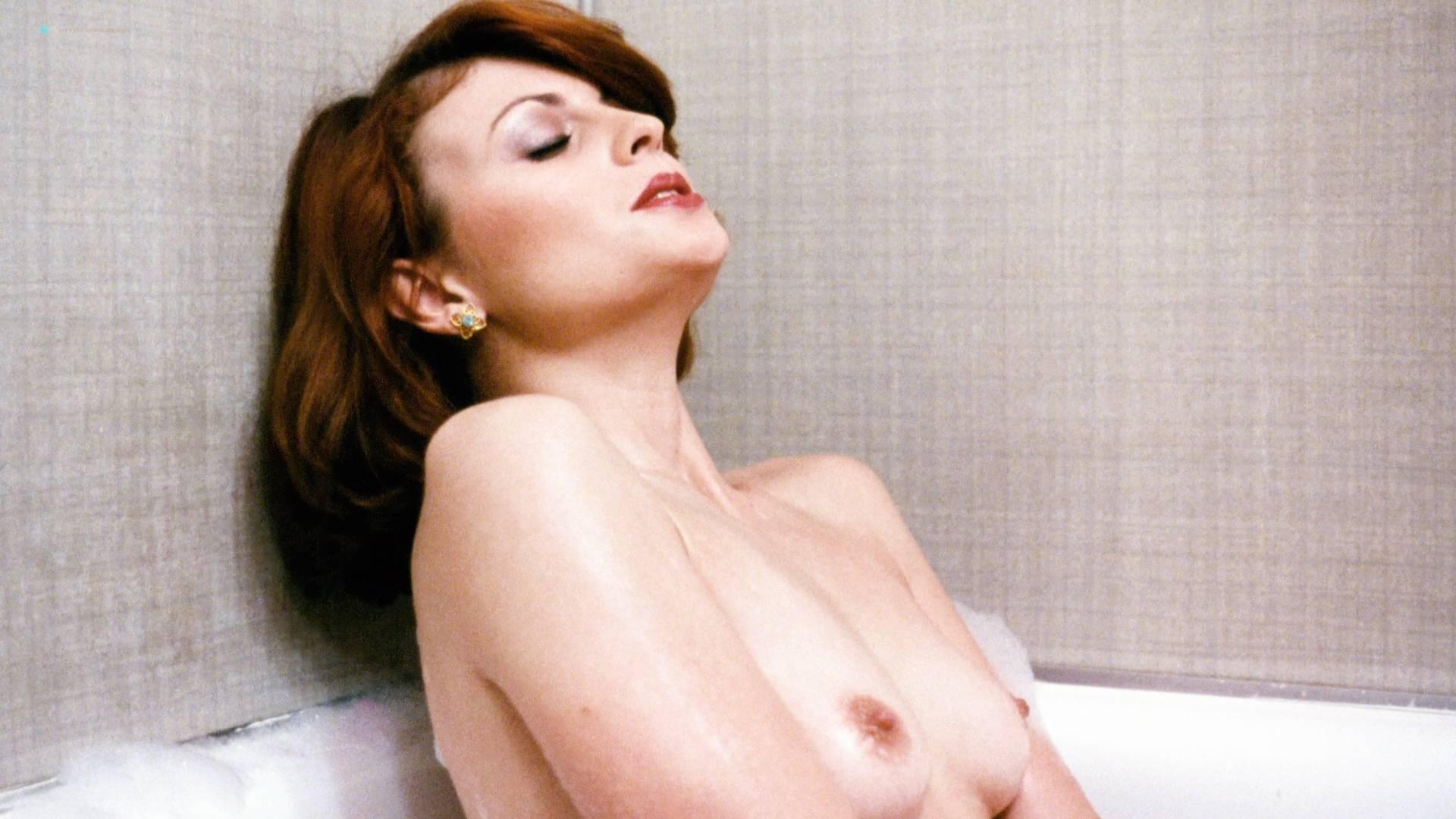 jessica parker kennedy nude gif