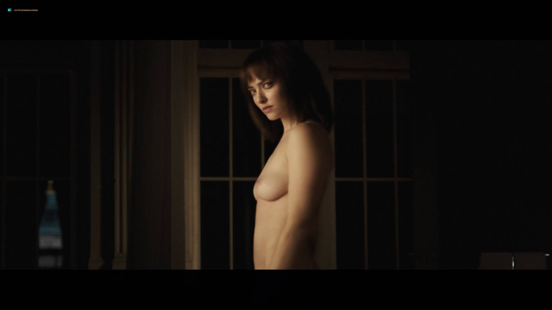 Amanda Seyfried Nude Topless And Sex Jordan Claire Robbins And Others -1243